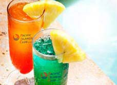 太平洋海岛俱乐部泳池边酒吧